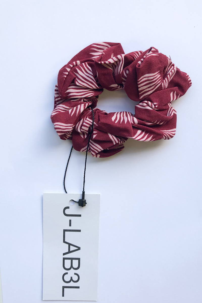 J-LAB3L Flower scrunchie | Sophie Stone