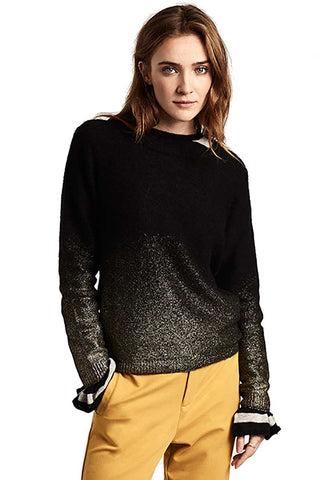 Shine spray sweater