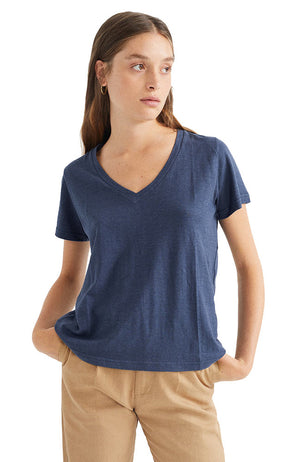 Thinking MU Navy hemp clavel t-shirt | Sophie Stone