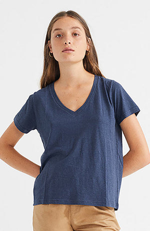 Thinking MU Navy hemp clavel tee | Sophie Stone