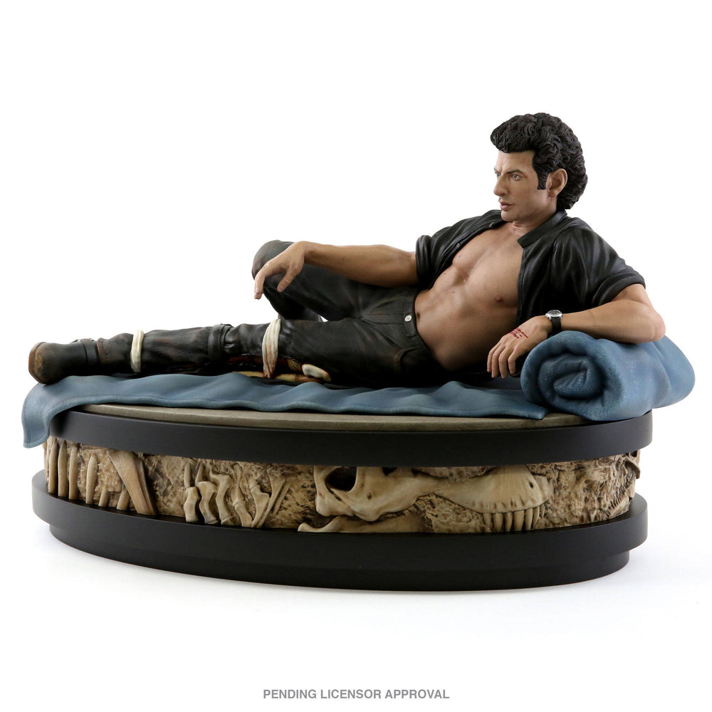 Chronicle Collectibles Jurassic Park Ian Malcolm 1/4 Statue