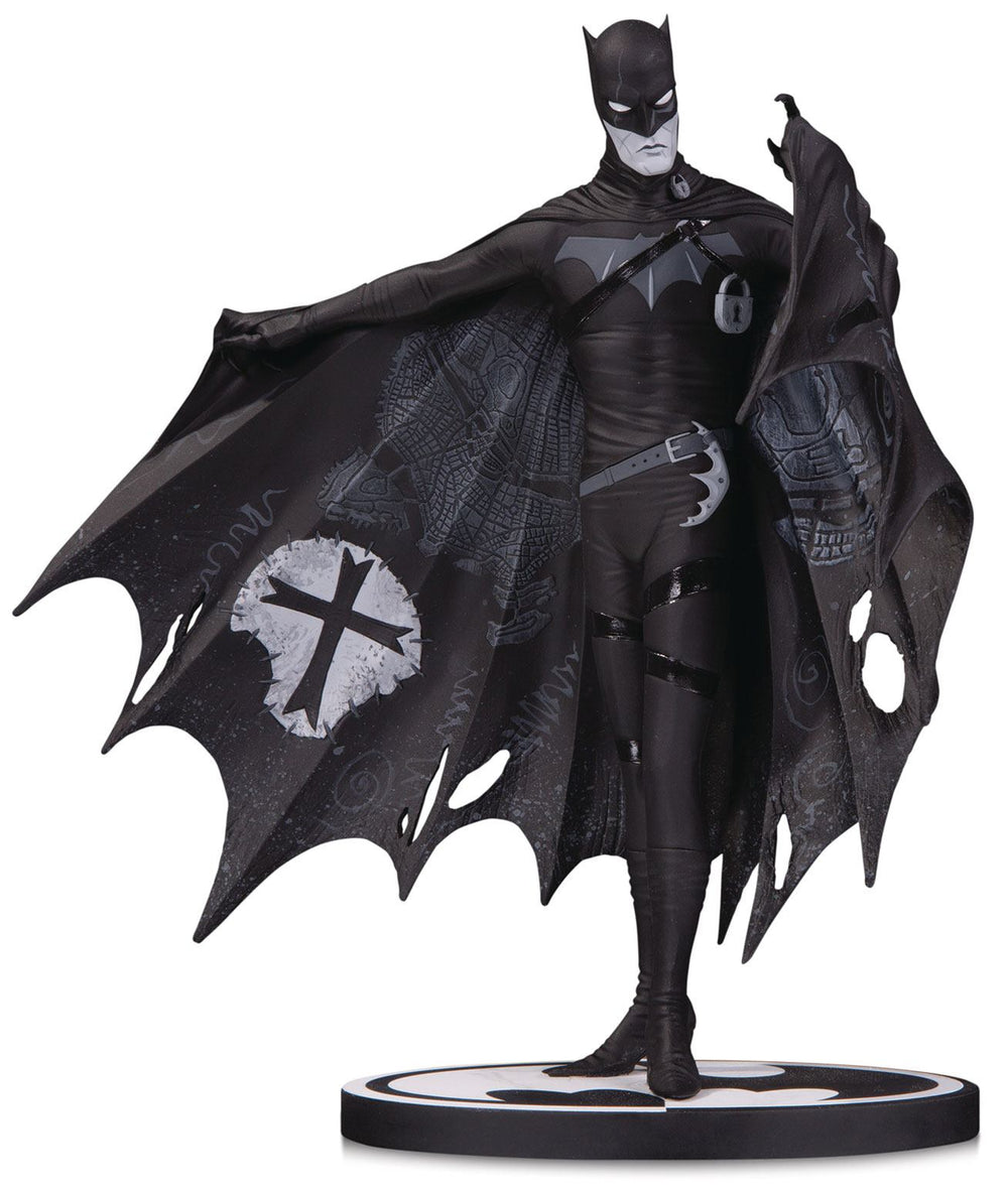DC Collectibles Batman Black & White Batman by Gerard Way 1/10 Statue
