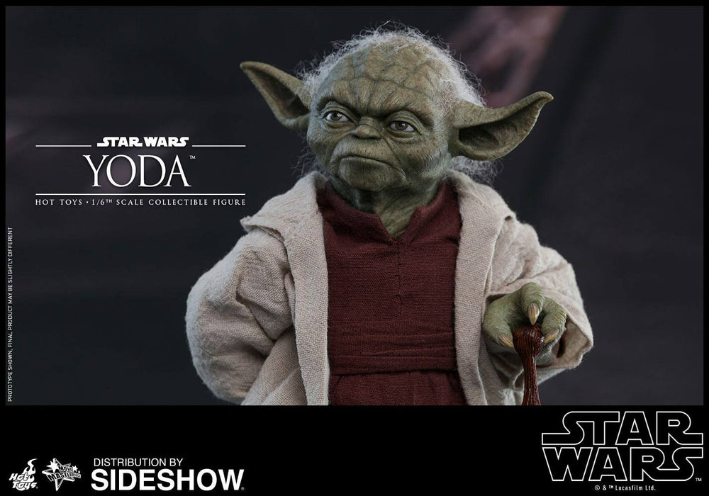 Hot Toys Star Wars Episode II Yoda 1/6 Action Figure