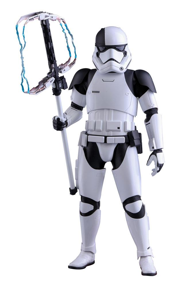 Hot Toys Star Wars Episode VIII Executioner Trooper 1/6 Action Figure