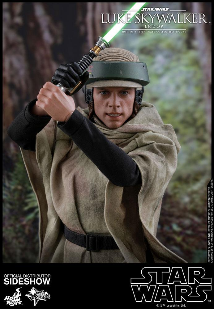 Hot Toys Star Wars Episode VI Luke Skywalker Endor 1/6 Action Figure