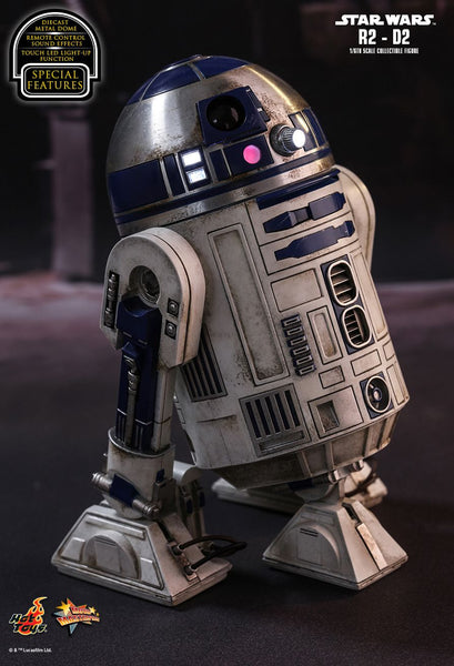 Hot Toys Star Wars: The Force Awakens R2-D2 1/6 Action Figure - Movie Figures - 1