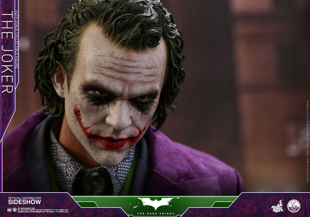 Hot Toys The Dark Knight The Joker 1/4 Action Figure