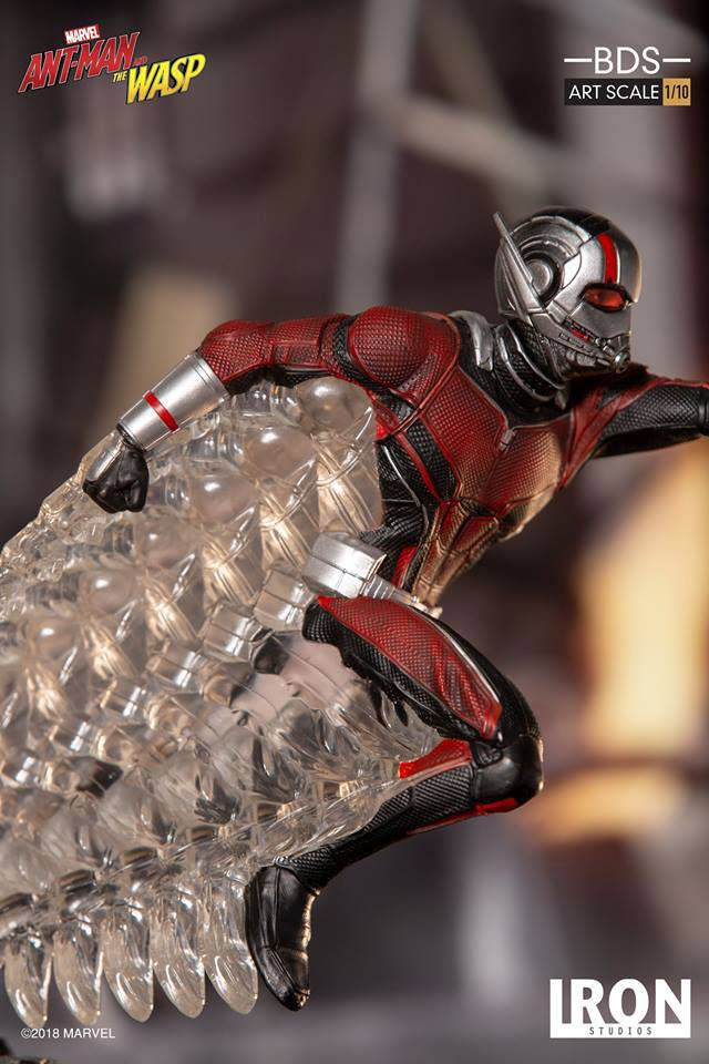 Iron Studios Ant-Man & The Wasp Battle Diorama Series Ant-Man 1/10 Statue