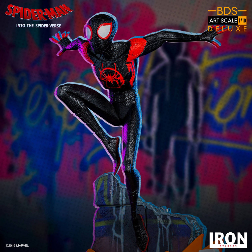 Iron Studios Spider-Man: Into the Spider-Verse Battle Diorama Series Miles Morales Deluxe 1/10 Statue