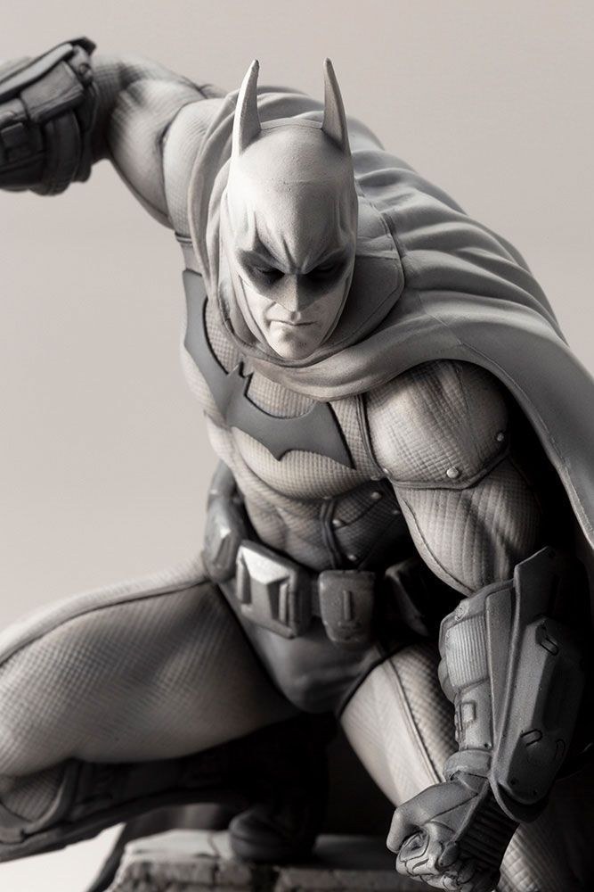 Kotobukiya DC Comics Batman Arkham Series 10th Anniversary Batman ARTFX+ 1/10 Statue