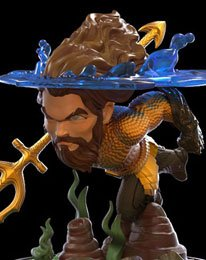 Quantum Mechanix DC Comics Aquaman Q-Fig Statue
