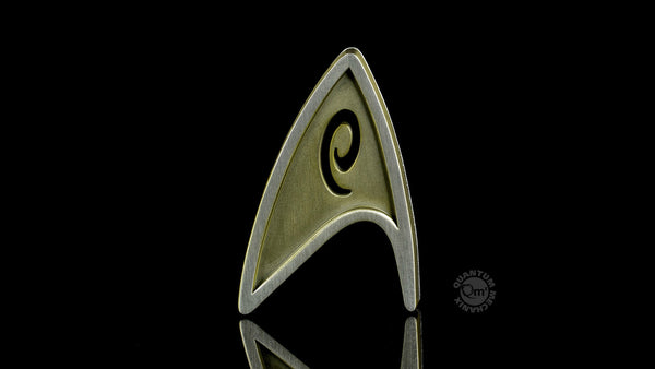 Quantum Mechanix Star Trek Beyond Magnetic Insignia Badge - Operations Prop Replica - Movie Figures - 1