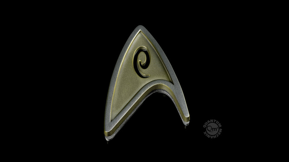 Quantum Mechanix Star Trek Beyond Magnetic Insignia Badge - Operations Prop Replica - Movie Figures - 3