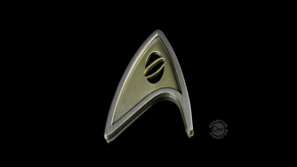 Quantum Mechanix Star Trek Beyond Magnetic Insignia Badge - Science Prop Replica - Movie Figures - 4