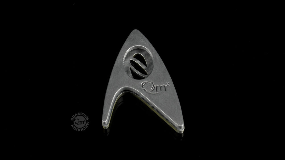 Quantum Mechanix Star Trek Beyond Magnetic Insignia Badge - Science Prop Replica - Movie Figures - 5