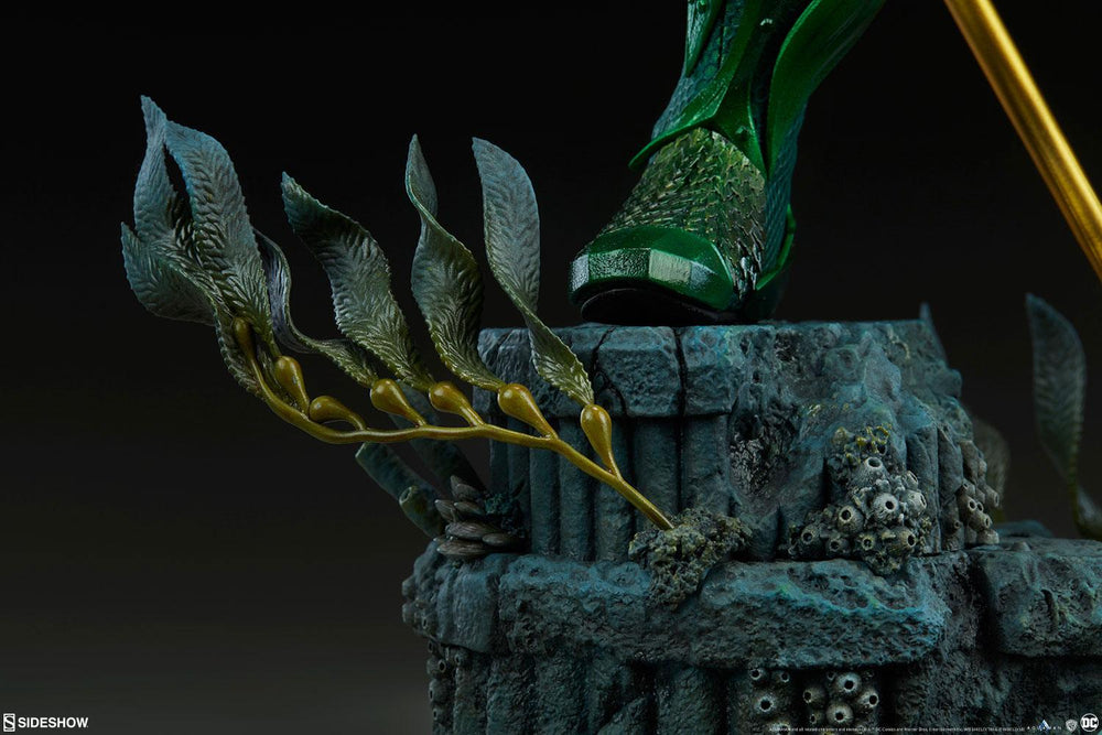 Sideshow Collectibles Aquaman Movie Aquaman Premium Format Statue