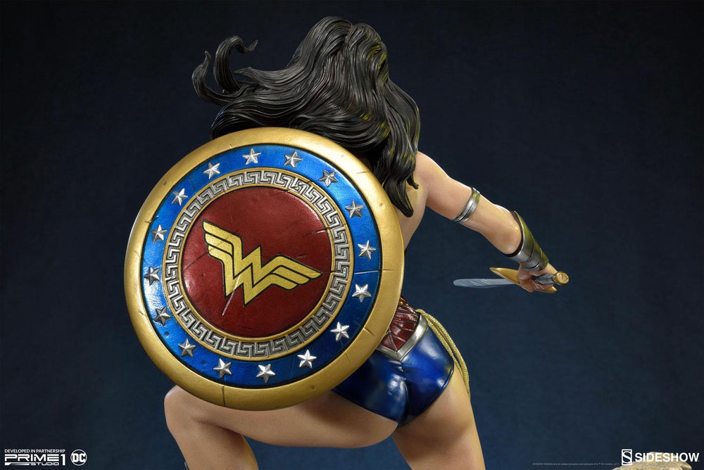 Sideshow Collectibles DC Comics Justice League New 52 Wonder Woman Statue