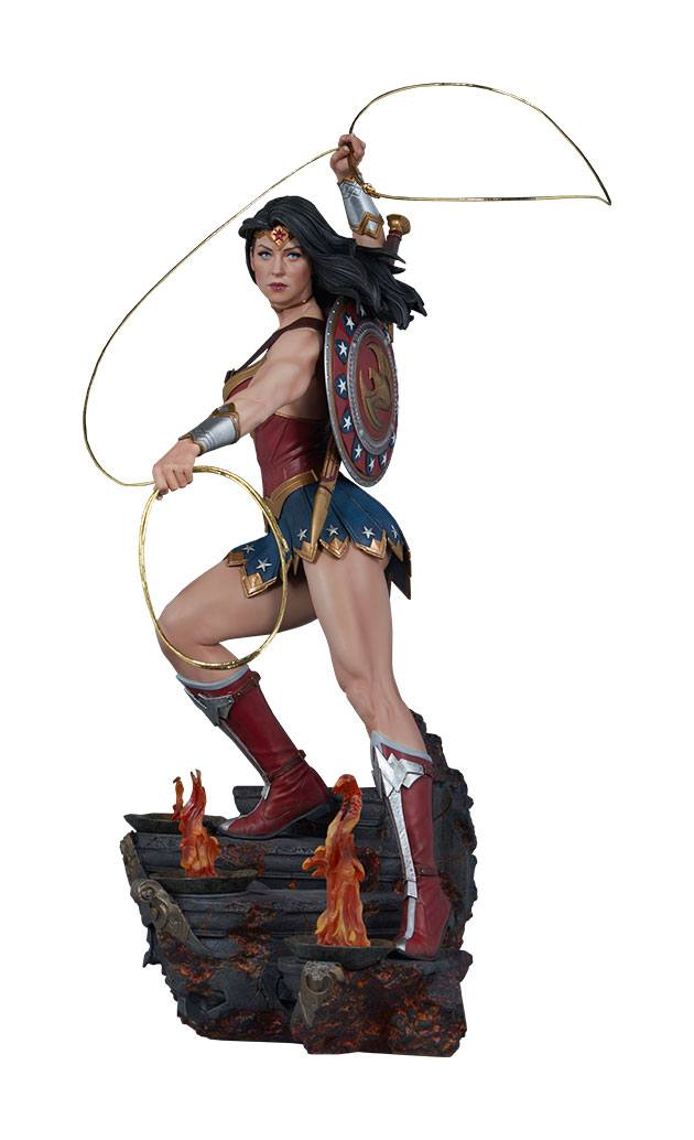 Sideshow Collectibles DC Comics Wonder Woman Exclusive Premium Format Figure 1/4 Statue