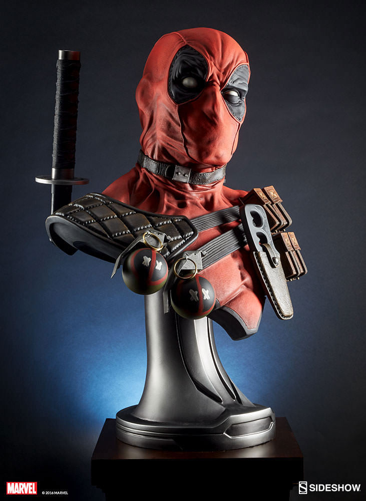 Sideshow Collectibles Marvel Comics Deadpool 1/1 Bust Statue