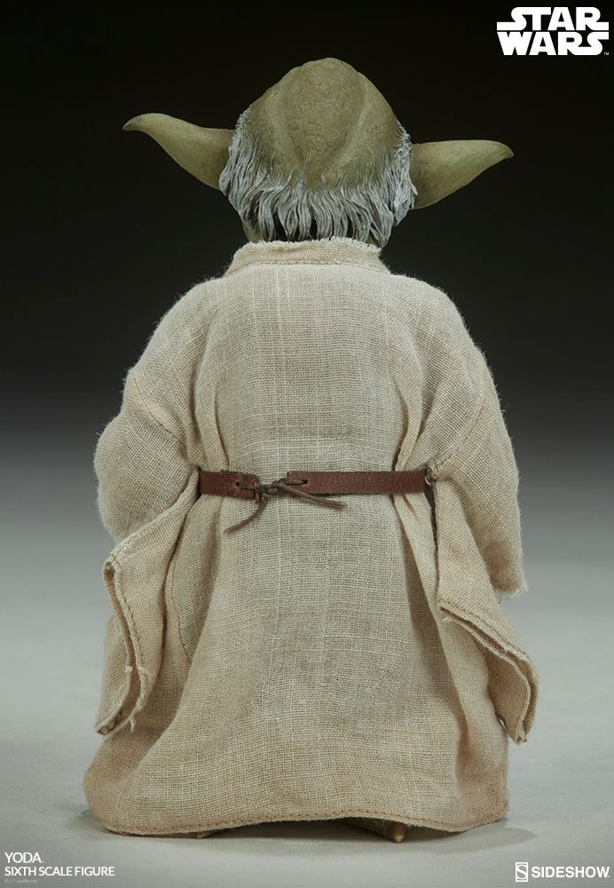 Sideshow Collectibles Star Wars Episode V Yoda 1/6 Action Figure
