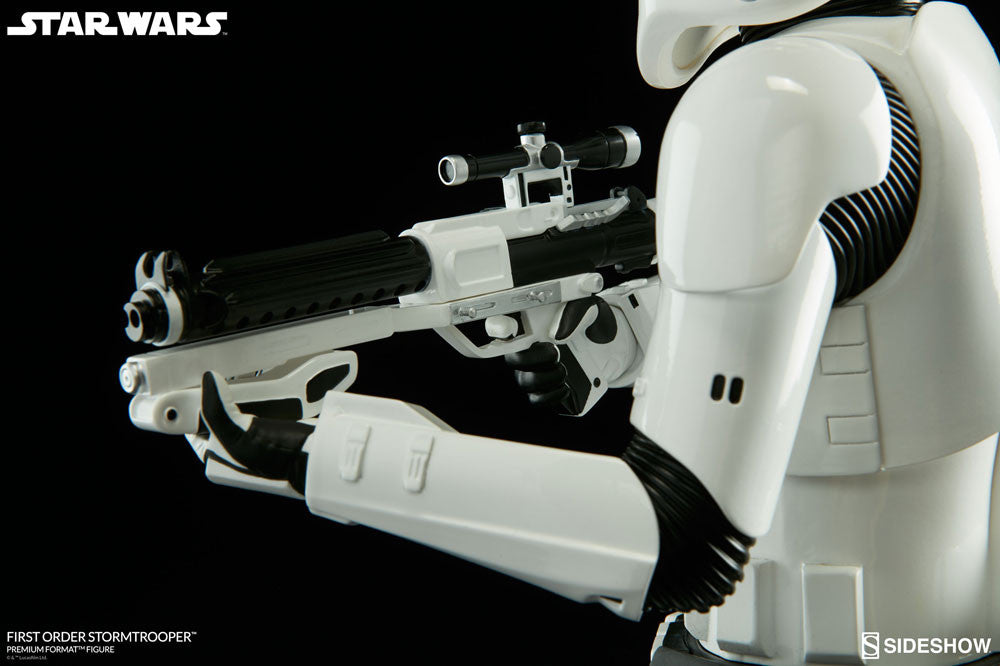 Sideshow Collectibles Star Wars First Order StormTrooper Premium Format Figure Statue - Movie Figures - 11