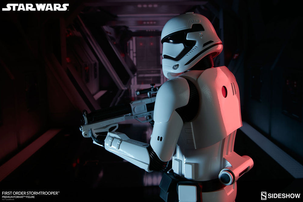 Sideshow Collectibles Star Wars First Order StormTrooper Premium Format Figure Statue - Movie Figures - 4