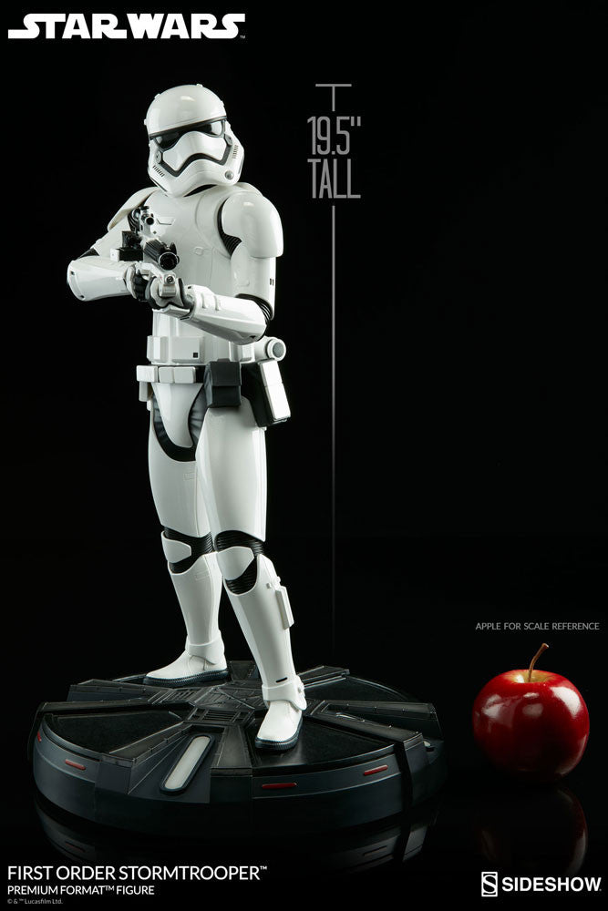 Sideshow Collectibles Star Wars First Order StormTrooper Premium Format Figure Statue - Movie Figures - 6