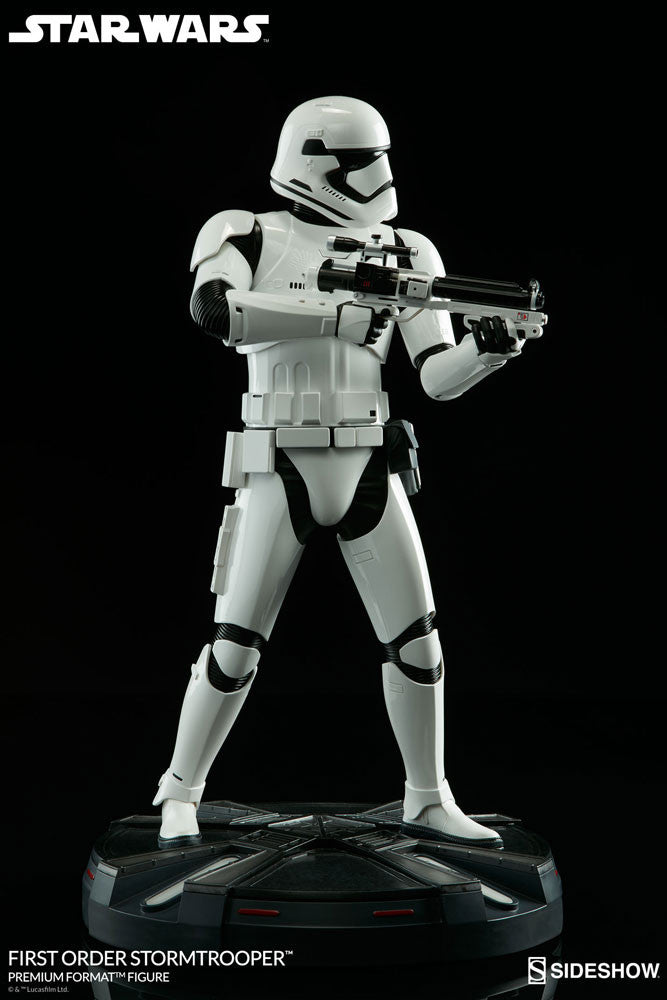 Sideshow Collectibles Star Wars First Order StormTrooper Premium Format Figure Statue - Movie Figures - 7