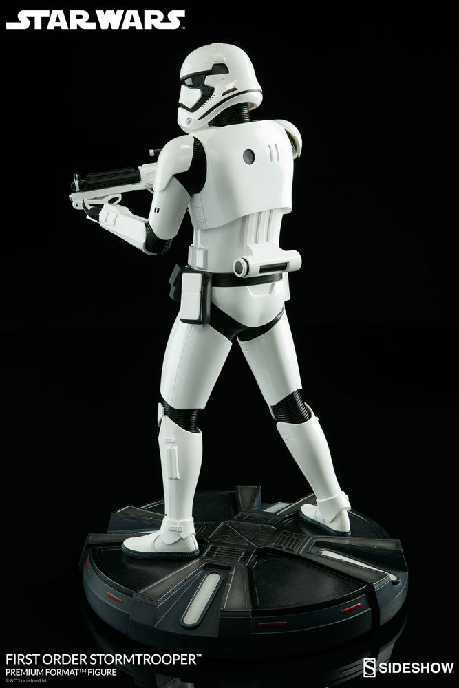 Sideshow Collectibles Star Wars First Order StormTrooper Premium Format Figure Statue - Movie Figures - 8