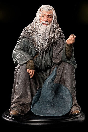Weta The Lord Of The Rings Gandalf Statue