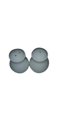 White Salt And Pepper Shakers (SKU 000177 )