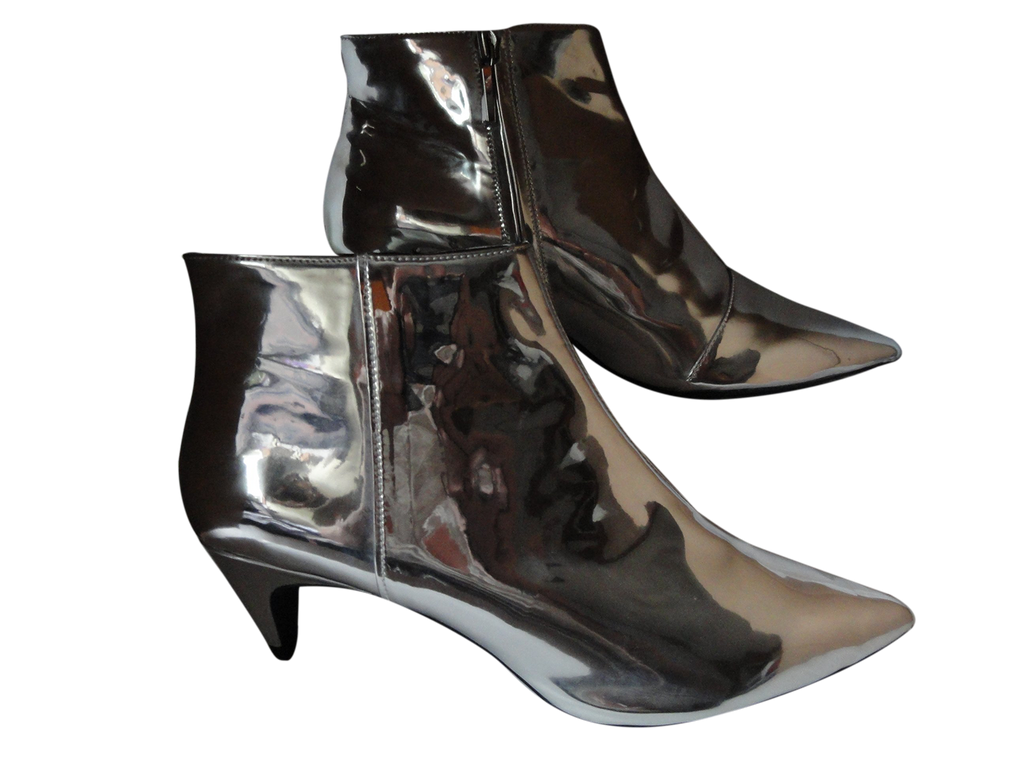 SHOES Zara Silver Patent Leather Booties Kitten Heel Size 41 NWT (SKU 000146)