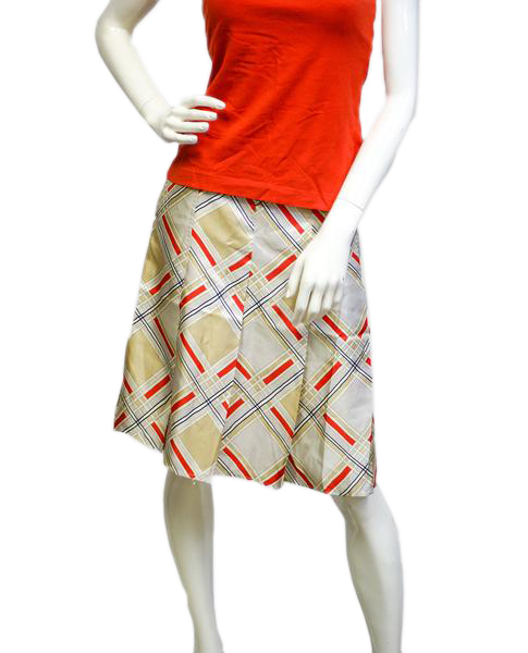 Diamond Pattern Pleat Skirt Size 16  (SKU 000004)