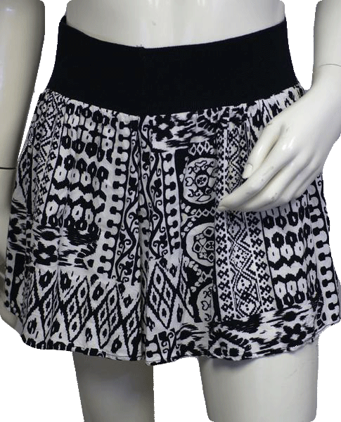 Black and White print Skirt S (SKU 000026)