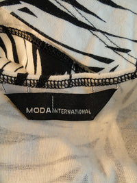 Moda International 80's Razorback Black and White Leaf Size XS SKU 00023