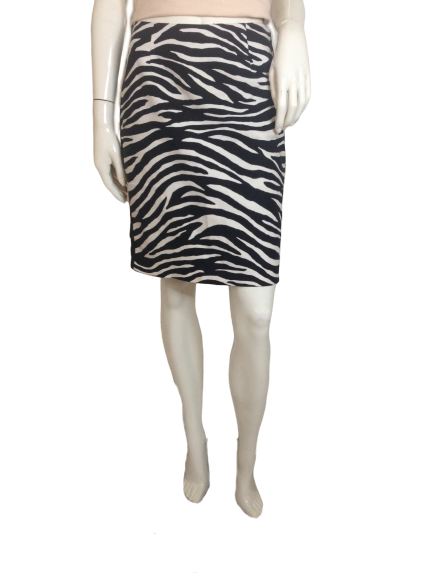 White House Black Market Skirt Zebra Print Size 2 (SKU 000251-11)