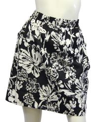 White Dandies Skirt Size XL (SKU 000026) - Designers On A Dime - 1