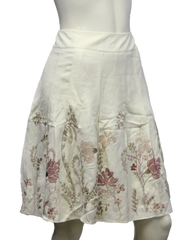 Ann Taylor Off White Embroidered Flower Skirt Size 8P (SKU 000013) - Designers On A Dime - 2