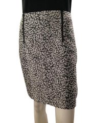 Ann Taylor above knee-length textured pencil skirt black, white and grey size 4 (SKU 000210)