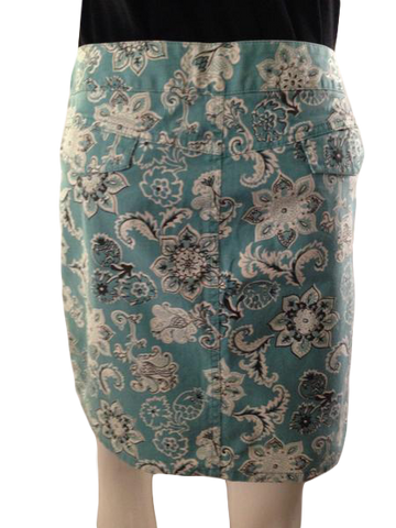 Ann Taylor LOFT above the knee skirt front closure size 4 (SKU 000210)