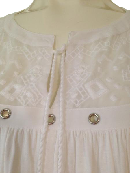 Chico's white flowing long sleeve pull-over top size 3 SKU 010000-1-4