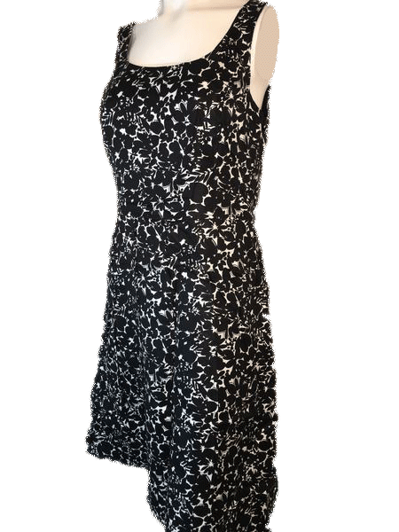 Ann Taylor 100% Silk Black and White Floral Dress Size 10 SKU 000168