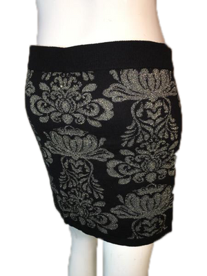 Forever 21 Skirt Black  Gold Print Design Size L SKU 000094
