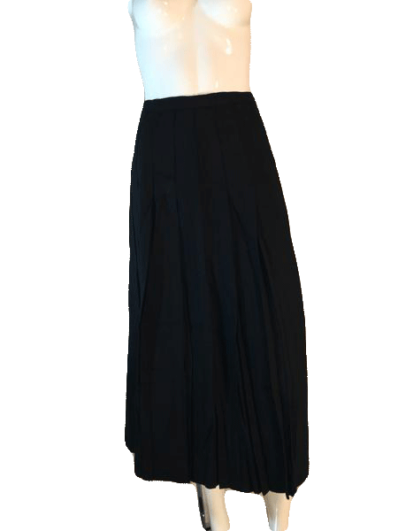 Designers on a Dime 100% Worsted Wool Black Pleated Ankle Length Skirt Size 6 (SKU 000202)