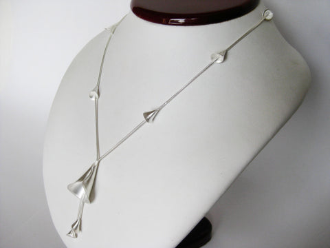 Cala Necklace