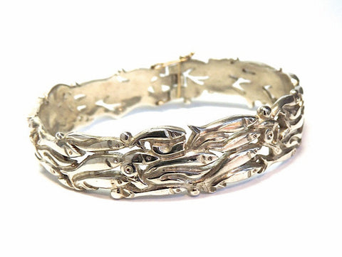 Rolling Capelin Bangle