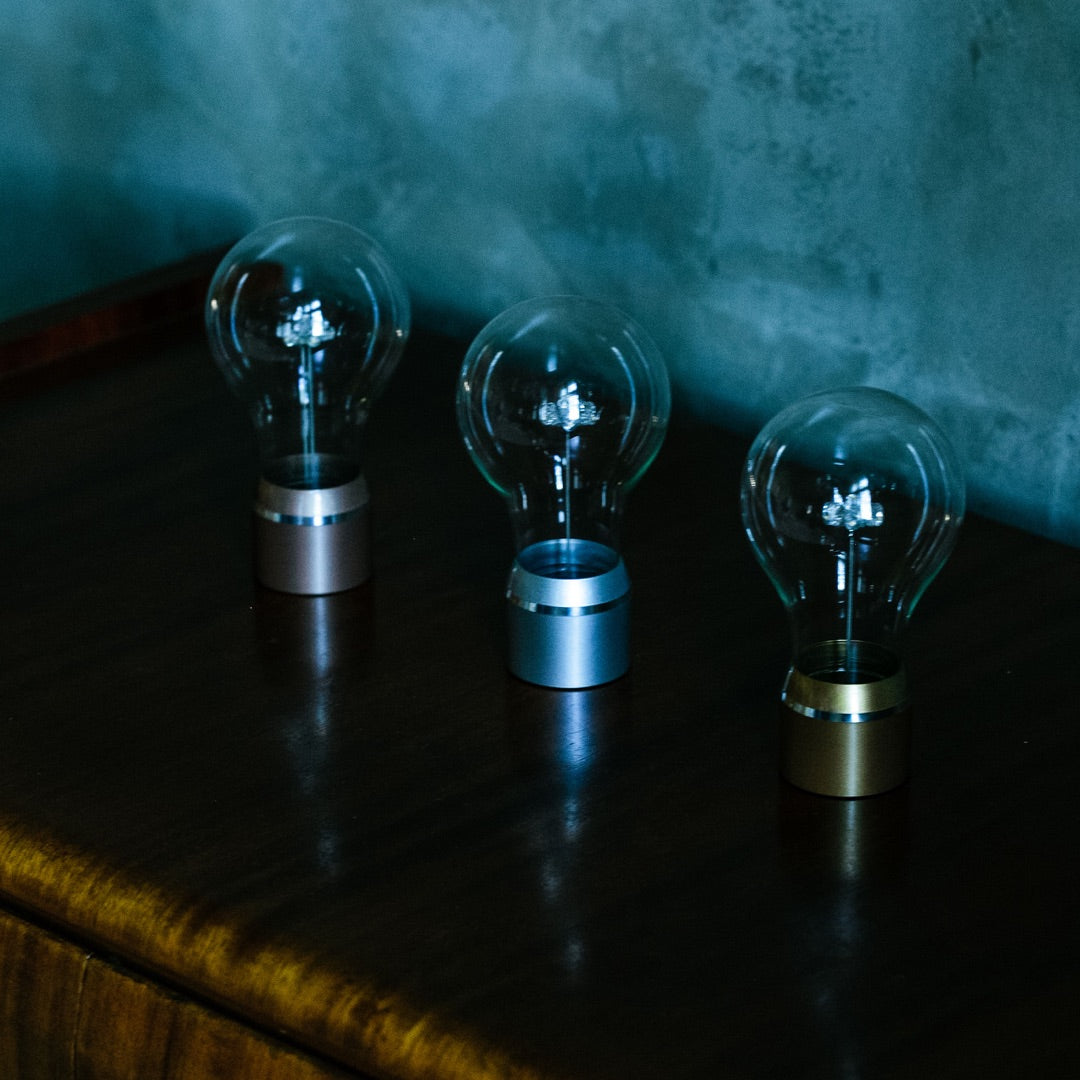 Changeable levitating light bulbs for FLYTE base, full Edison collection, above shot