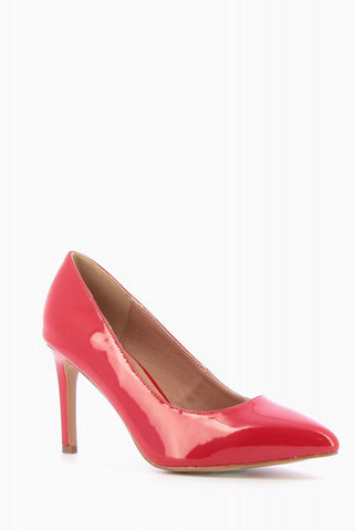 RED PUMPS WITH POINTED TOE