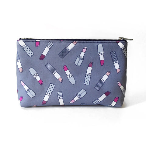 Elizabeth-Attwood-Lipstick-Beauty-Bag-Blue