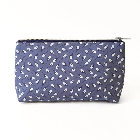 Elizabeth-Attwood-Scattered-Buds-Beauty-Bag-Blue